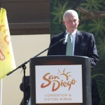 Mayor Jerry Sanders Helps to Get the Word Out for Kids Free San Diego