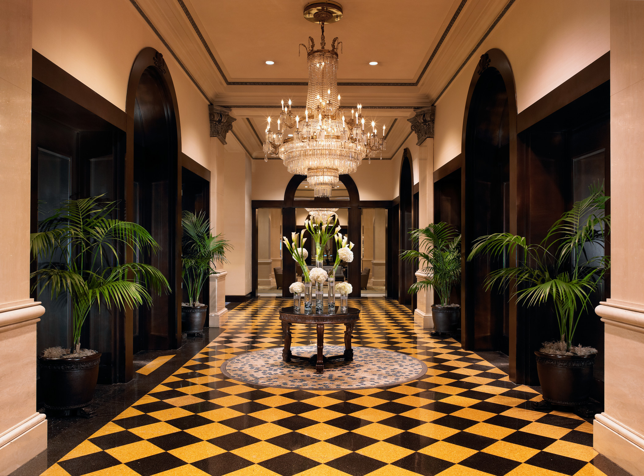 Hotel Entrance Foyer : Exclusive presidential hotel suites in san diego